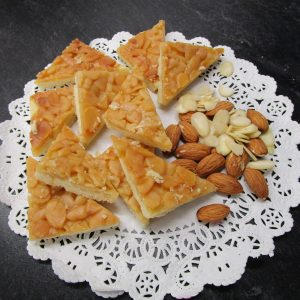 Caramelecken (caramel triangles) with main ingredients
