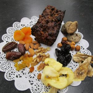 Hutzelbrot (German fruitcake) with main ingredients